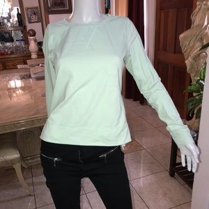 Lululemon blouse size 6